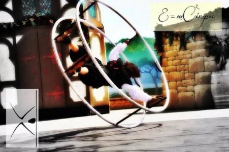 EMCirque - Acrobalance / Adagio / Hand to Hand Act