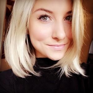 Becky Burraway - Female Singer