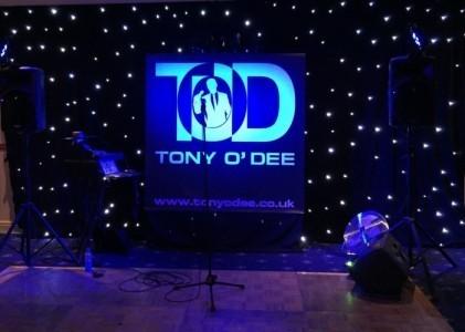 Tony O'Dee : Award-Winning Singer - Male Singer