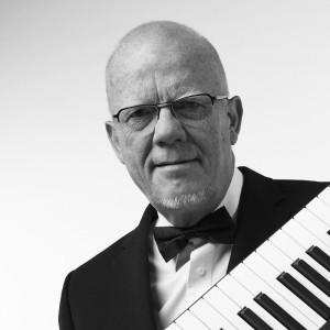 Egill Benedikt Hreinsson - Pianist / Keyboardist