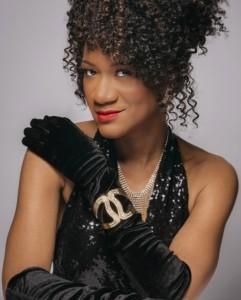 Jewelle McKenzie - Female Singer