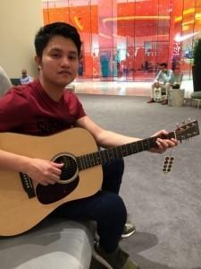 Noel Zandro Cubillo - Guitar Singer
