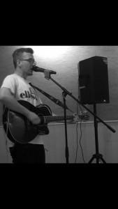 Josh Robinson - Acoustic Guitarist / Vocalist