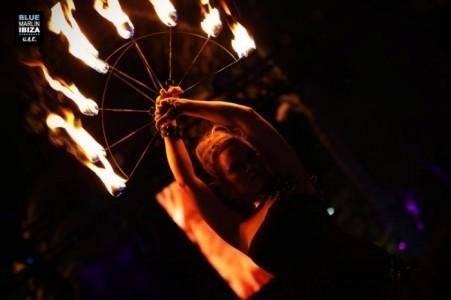 Sahara Gunn - Fire Performer
