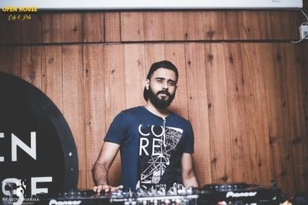 Grooveboy - Nightclub DJ