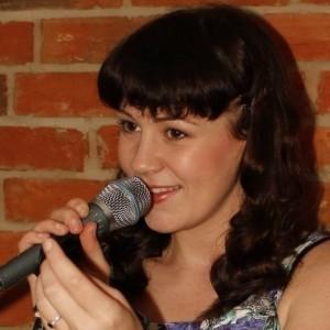 Laura Wyatt - Female Singer
