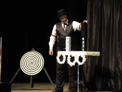Dwayne Stanton - Other Magic & Illusion Act