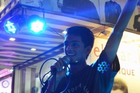 Muzammil Ahmed - Guitar Singer