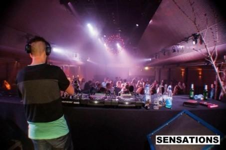 Sam junior  - Nightclub DJ