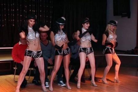 The Diamonette Showgirls - Female Dancer