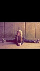 Kizzy Waudby - Female Dancer