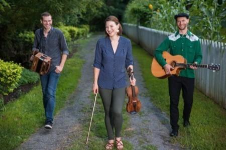 Poor Man's Gambit - Irish Band