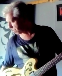Daniel Treger - Guitar Singer