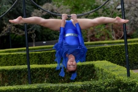 Daniela Capone - Aerialist / Acrobat