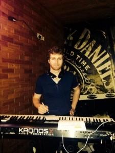 Simon Lupien - Pianist / Keyboardist