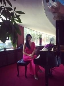 Ayu - Pianist / Keyboardist
