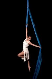Gabrielle Evangelista  - Aerialist / Acrobat