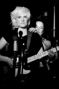 Jackie Please - Guitar Singer