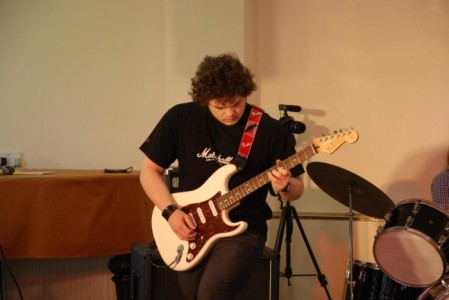 Marcus Williams - Electric Guitarist