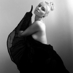 Michaela Baranov - Female Singer