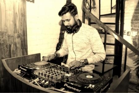 Nikhil Talwar - Nightclub DJ