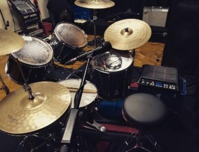 Lisa Martin - Drummer