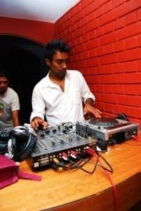 DJ Deep  - Nightclub DJ