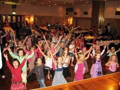 Kent Kids Parties - Other Children's Entertainer