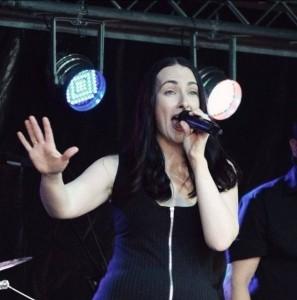 LJ - Female Singer