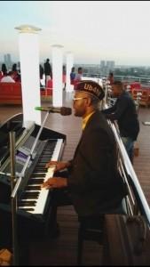 Ub4ty   - Pianist / Keyboardist