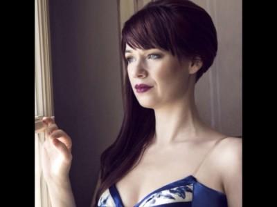 Gabriela Mikova Johnson - Female Singer