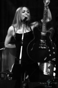 Thomais de Fois - Guitar Singer