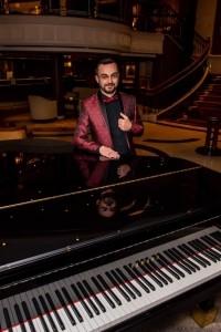 George Francis - Pianist / Keyboardist