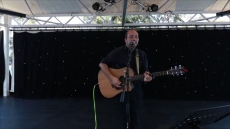 Nick Thurtell - Guitar Singer