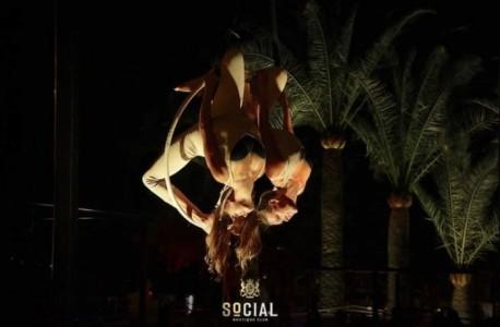 Nico and Simone - Aerialist / Acrobat