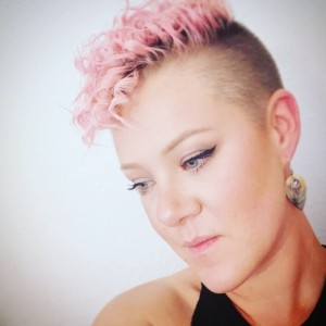 Mazz Rhodes - Female Singer