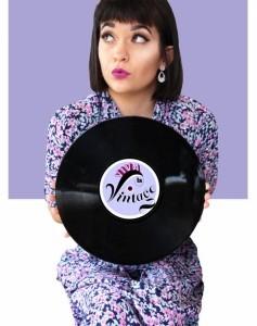 Viva la Vintage - Female Singer