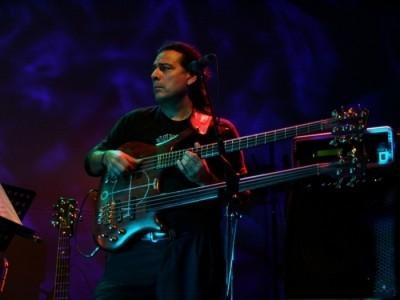 Bass Solo Artist - Bass Guitarist