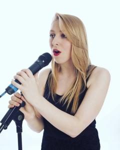 Ellie Byatt - Female Singer