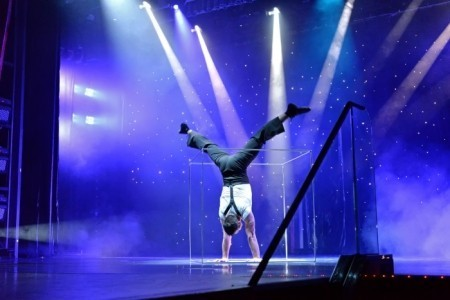 Duo Diverse - Acrobalance / Adagio / Hand to Hand Act