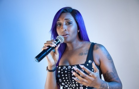 Jessica Armstrong  - Female Singer