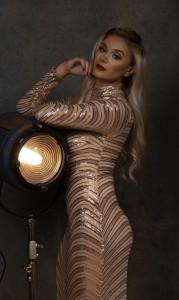 Zara Pinington - Female Dancer