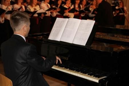 Roman (Jazz&lounge pianis - Pianist / Keyboardist