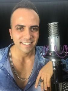 Manuel Karamori - PianoVocalist & Freddie Mercury impersonator - Male Singer