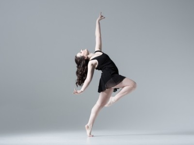 Emma Caplan - Female Dancer