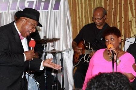 Lonne G - Blues Band