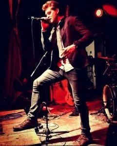 MiranFish - Acoustic Guitarist / Vocalist