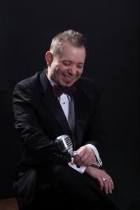 Vincent Wolfe  - Male Singer