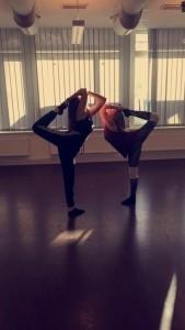 Lou - Song & Dance Act
